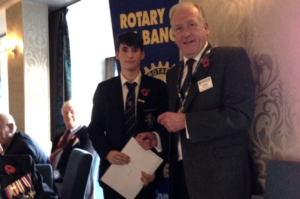 President Gavin presents the runners-up certificate to Mate Zoltan